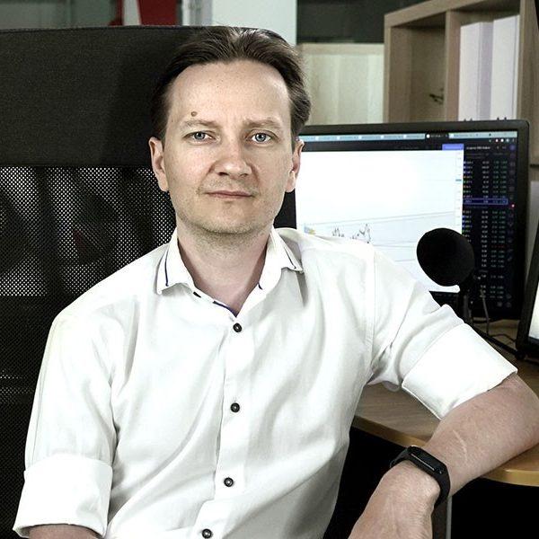 Евгений Домрачев - один из авторов онлайн курса обучения внутридневному трейдингу Forts Intraday