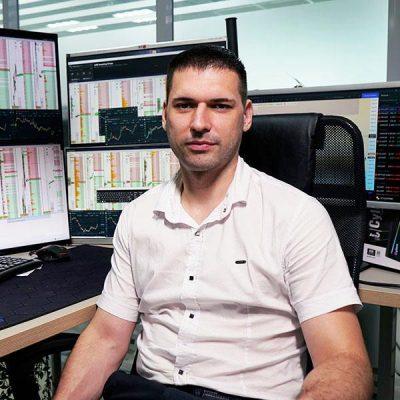 Артём Кендиров - один из преподавателей бесплатного онлайн курса обучения трейдингу для новичков СТАРТ